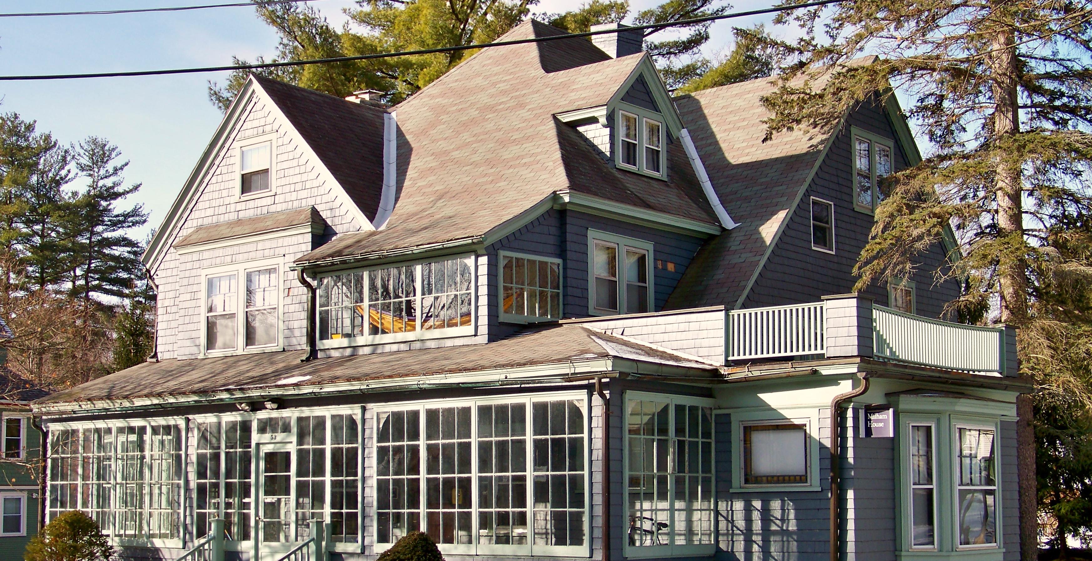 Co-Op Housing for Seniors – Student Life